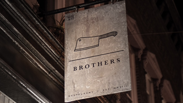 2198_Brothers_Restaurant_Hanging_Sign