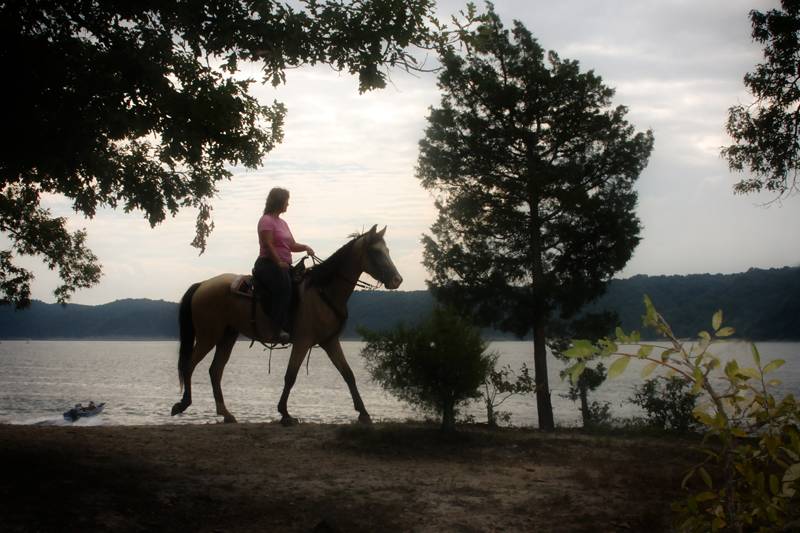Equestrian Horseback riding trails Green River Lake State Park Campbellsville KY