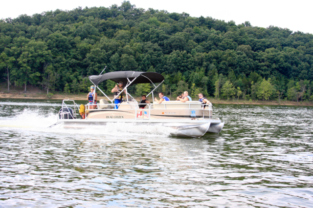 Pontoon rentals Green River Lake Campbellsville KY