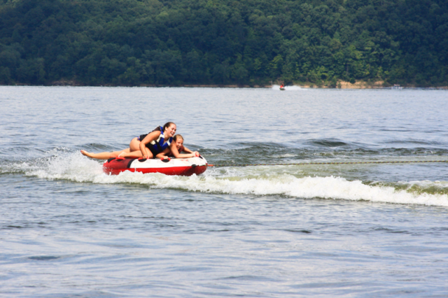 Water tube rentals Green River Lake Campbellsville KY